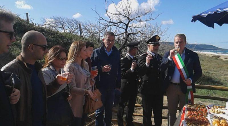 Inaugurata la passerella per disabili all'Isola di Varano