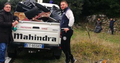 Rignano Garganico, il sindaco Di Fiore s'improvvisa netturbino