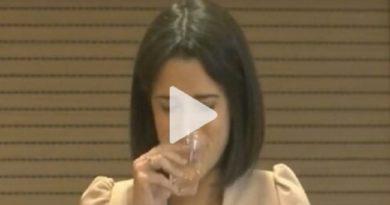 VIDEO|Laricchia in lacrime per l'accordo M5S-Pd in Puglia: «Se potessi restituirei i voti»