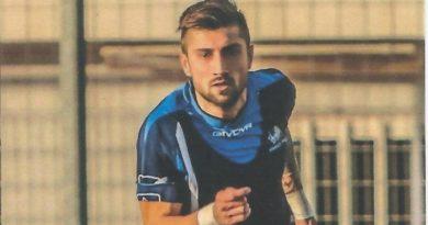 """Da oggi la scuola calcio """"Academy San Giovanni""""  e' intitolata a Rocco Augelli, noto bomber del Gargano"""